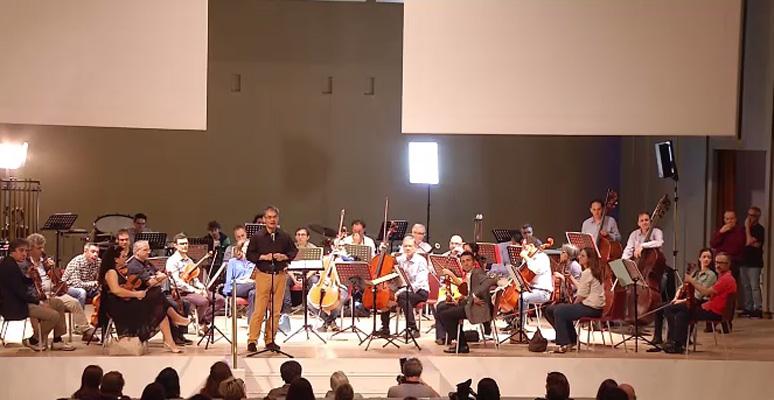 Trenta cameristi della Scala celebrano Bernstein sul palco Bocconi